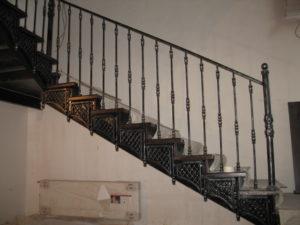 кованая лестница под ключ