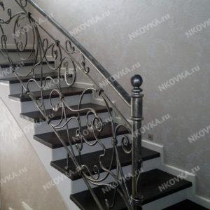 кованая легкая лестница