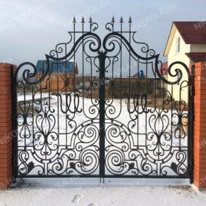 кованые ворота для загородного дома