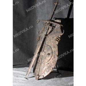 кованый щит и меч