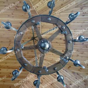 кованая люстра колесо