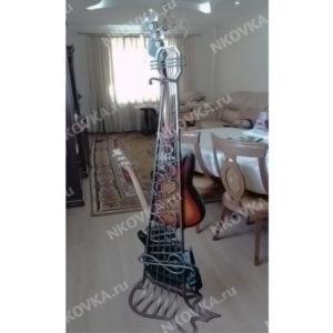 кованая подставка для гитары